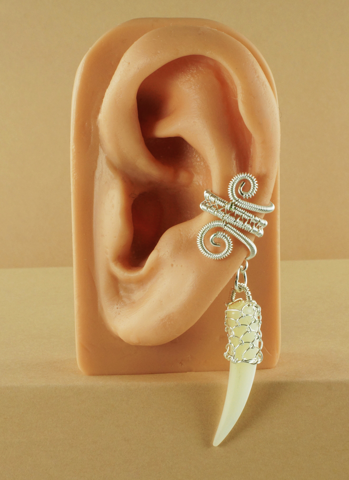 Netted Shell  Ear Cuff by sylva