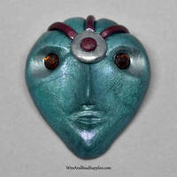 Brown Eyed Alien Cabochon