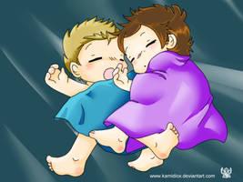 Cuddling by KamiDiox