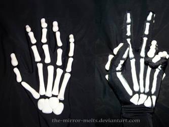 Brooke Skeleton Gloves by the-mirror-melts