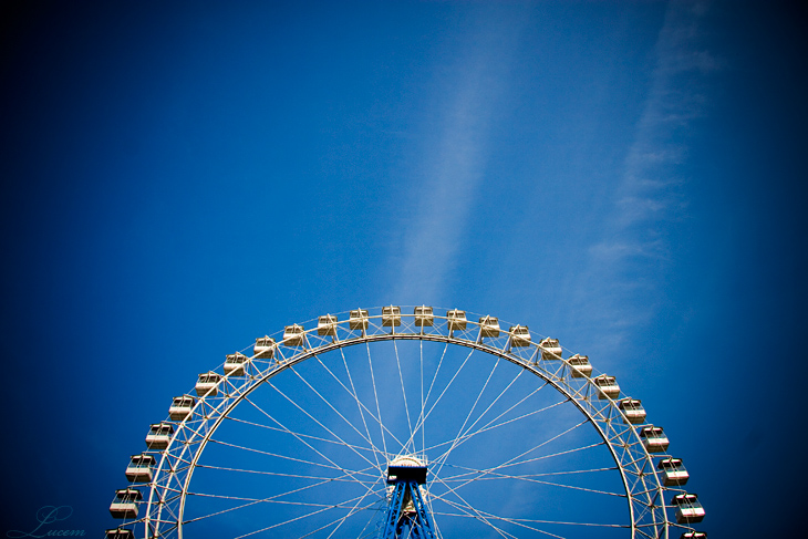 the very blue sky by Lucem