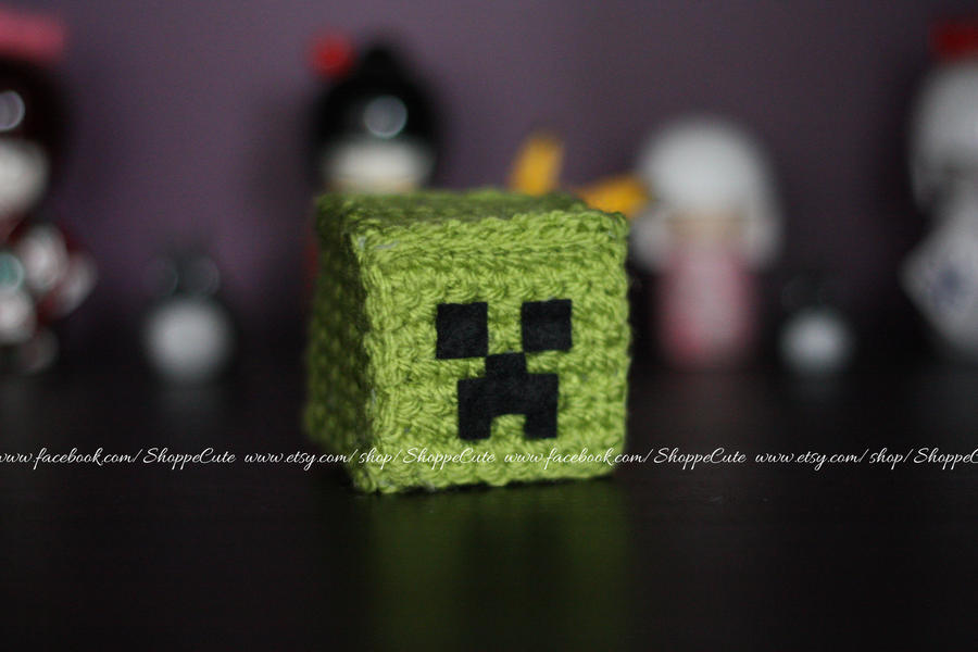 Minecraft Creeper crochet amigurumi by thelegendofSwink on DeviantArt