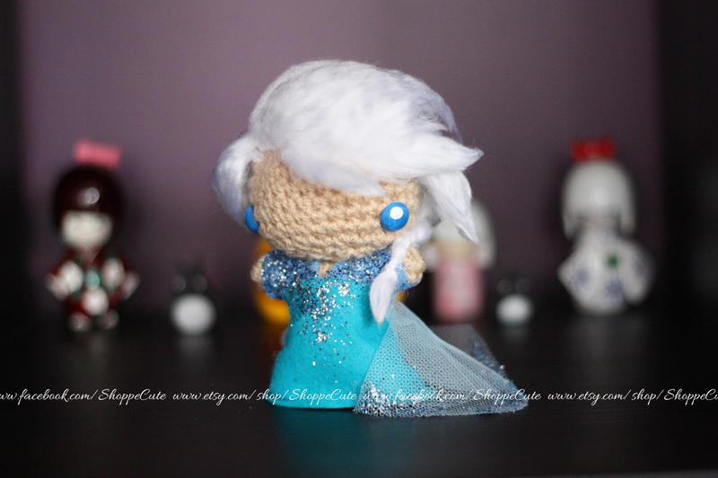 Amigurumi Crochet Frozen : Frozen Elsa crochet amigurumi by artbyswink on DeviantArt