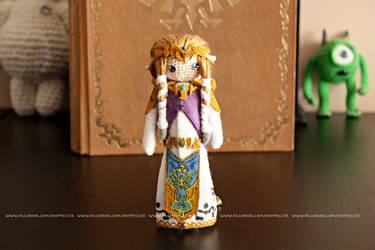 Princess Zelda Crochet Amigurumi by thelegendofSwink