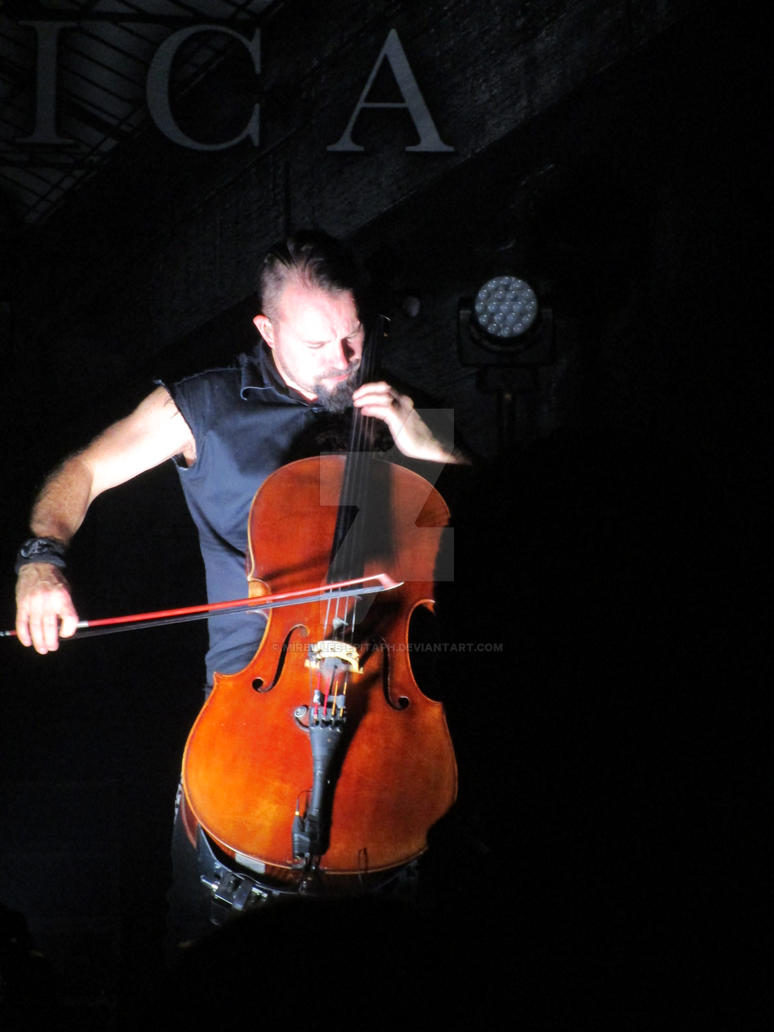 Apocalyptica - live by Mireilles-epitaph