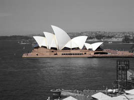 Sydney Opera House by benoregan