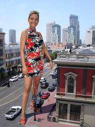 Giantess in San Diego by Accasbel