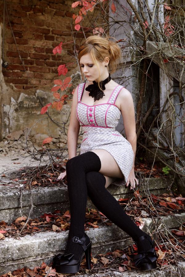 Ginger Ivy II by zixon