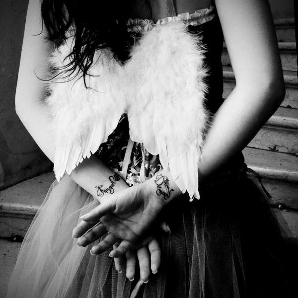 Angel  Demon by ideea - Giz Avatar Ar�ivi .