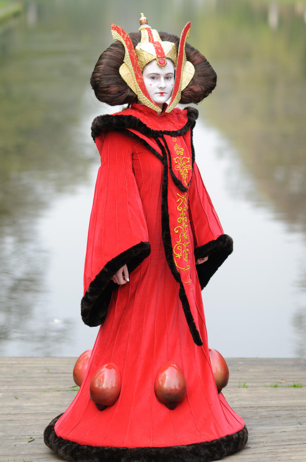 Queen Amidala by Riluna