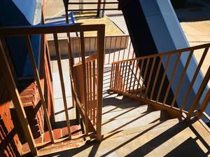 Stairwell 2689