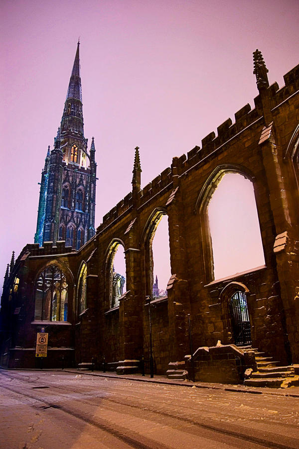 Coventry Cathedral by AlanSmithers