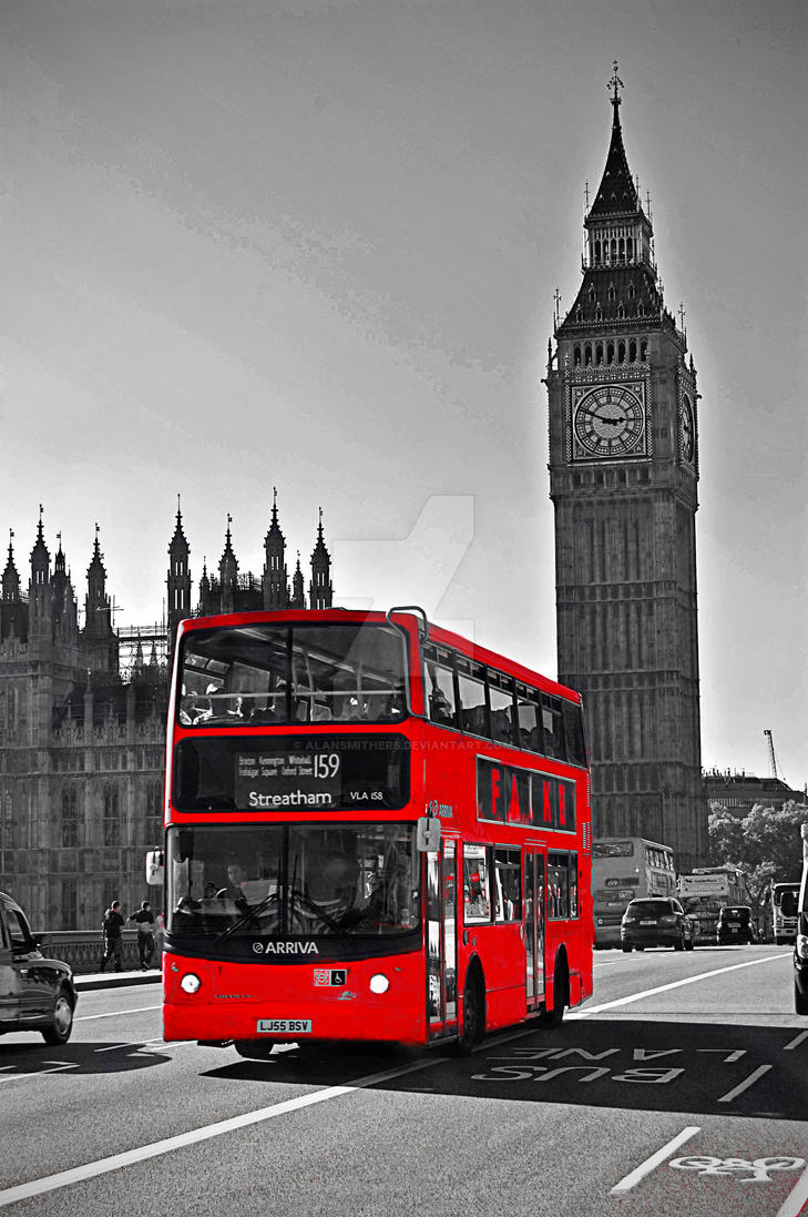 London Red Bus by AlanSmithers