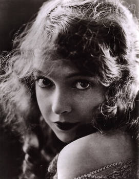 Vintage Stock - Lillian Gish
