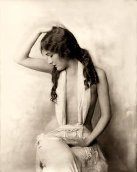 Vintage Stock - Alice Wilkie
