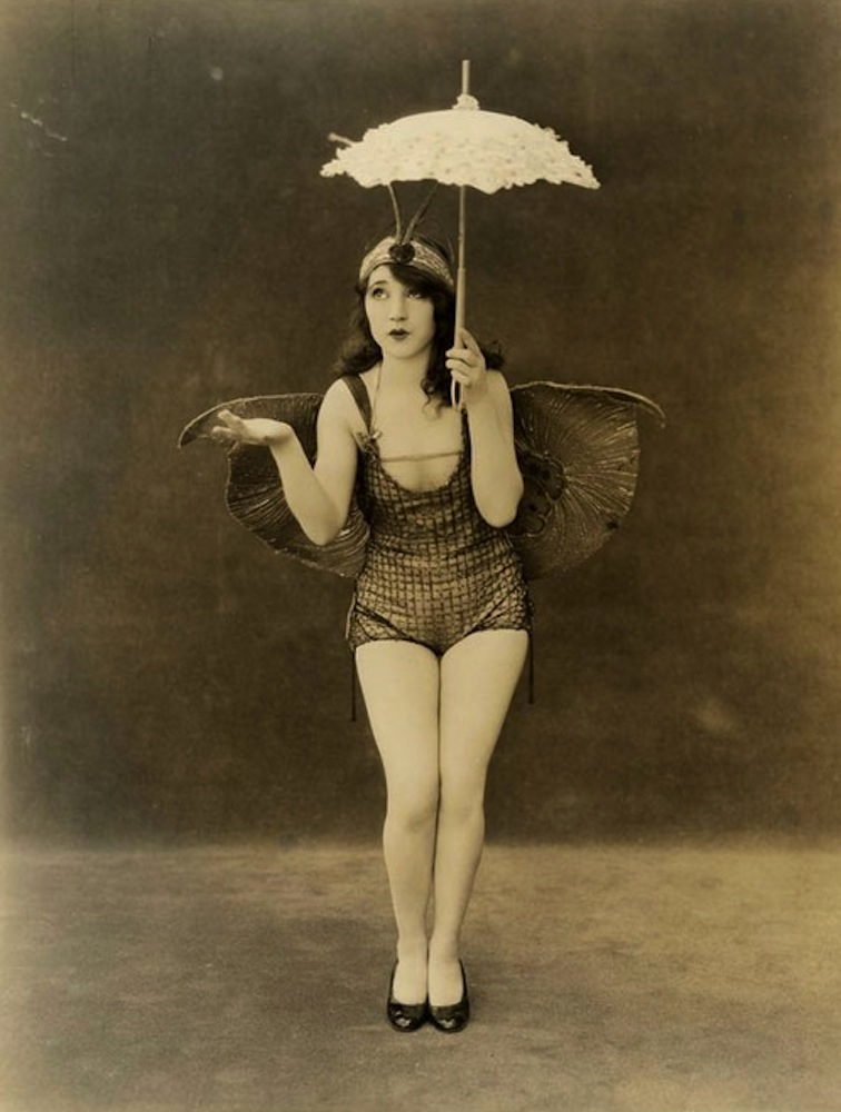 vintage circus costumes for men