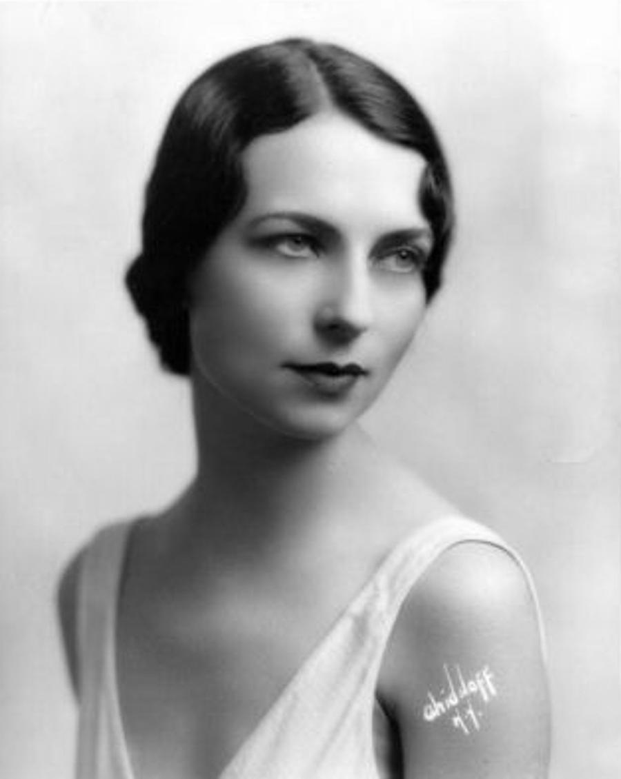 Vintage Stock - Agnes Moorehead