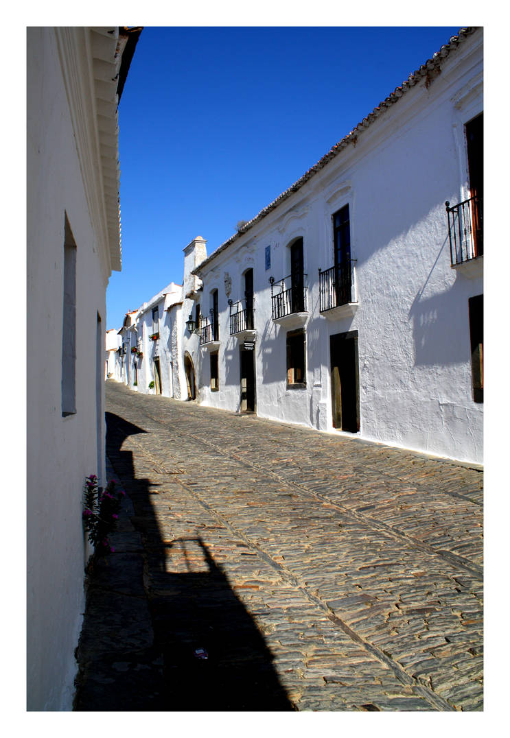 Old Street - Monsaraz