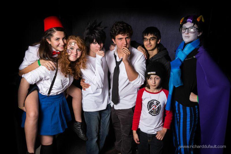 Group o' cosplayers by sherlymate