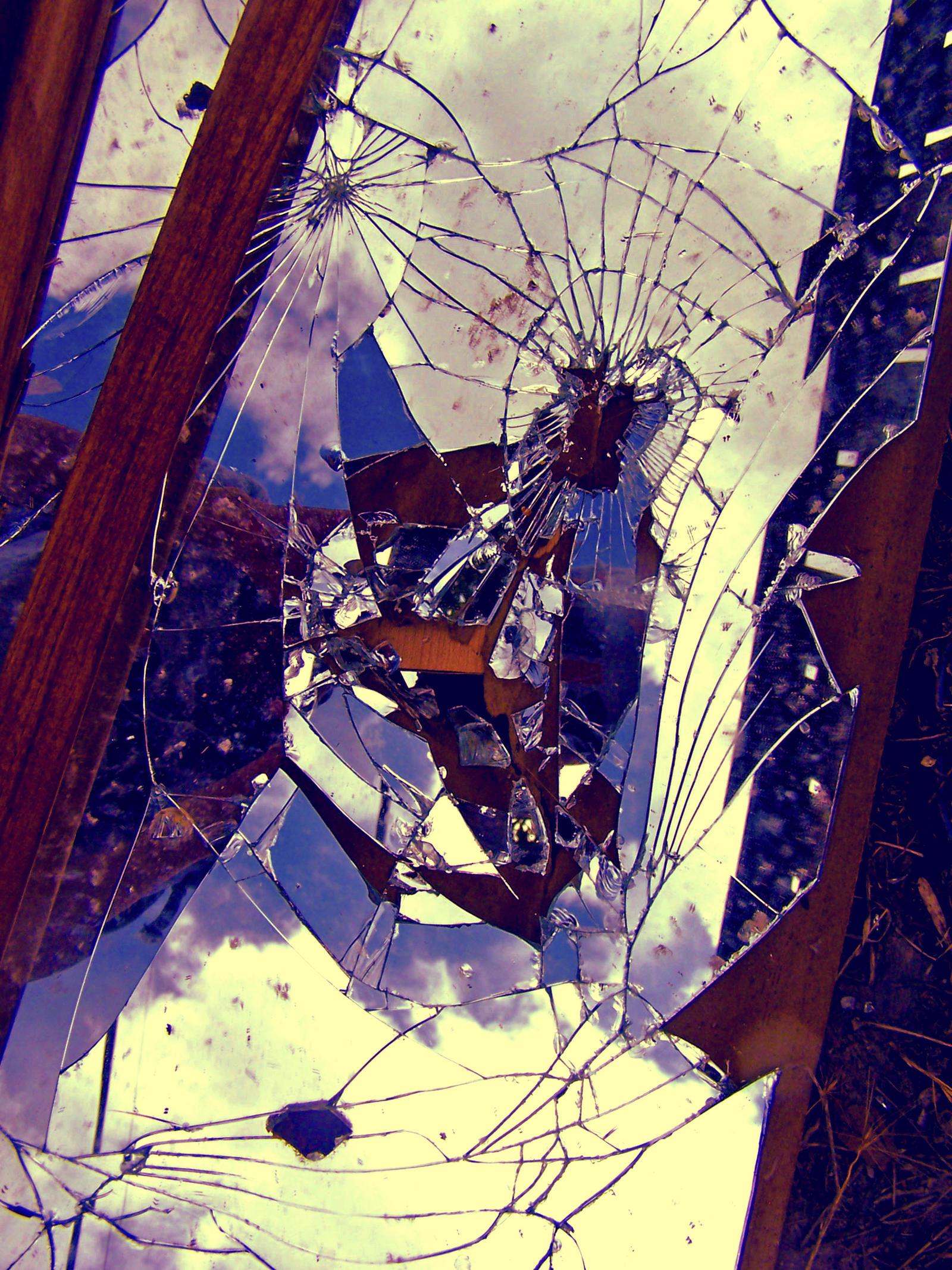 Cracked mirror art for Broken mirror art