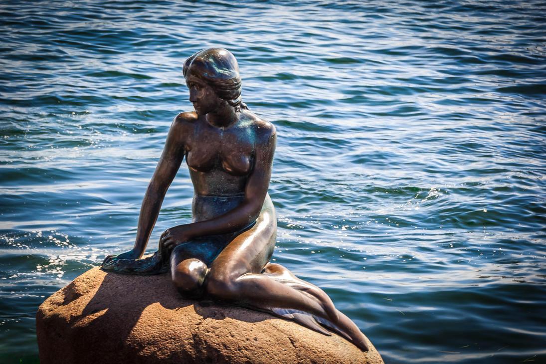 the little mermaid den lille havfrue danmark by myrosidas on