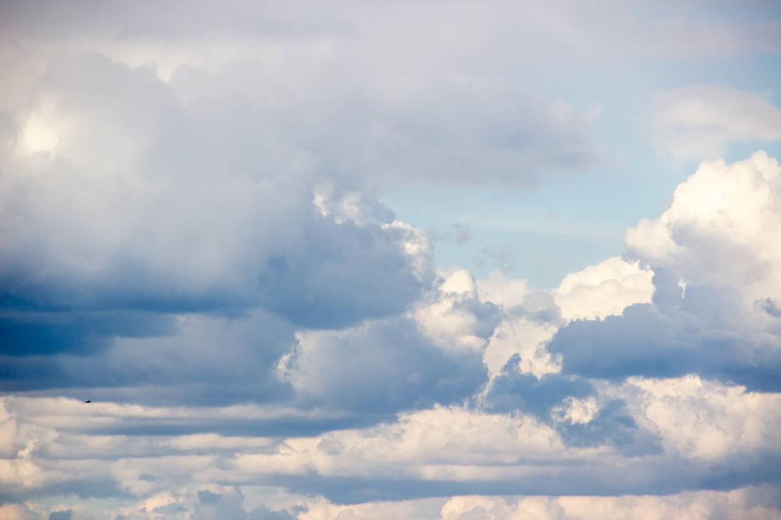 Pastell Skies by toshlyrastudios