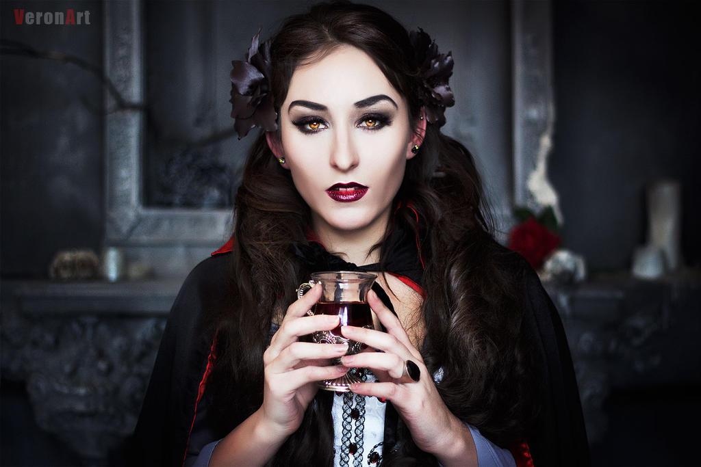 Vampire2 by VeroNArt