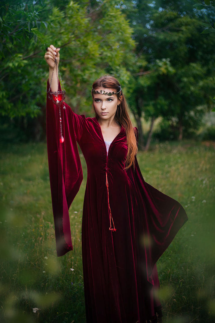 Red Elf2 by VeroNArt