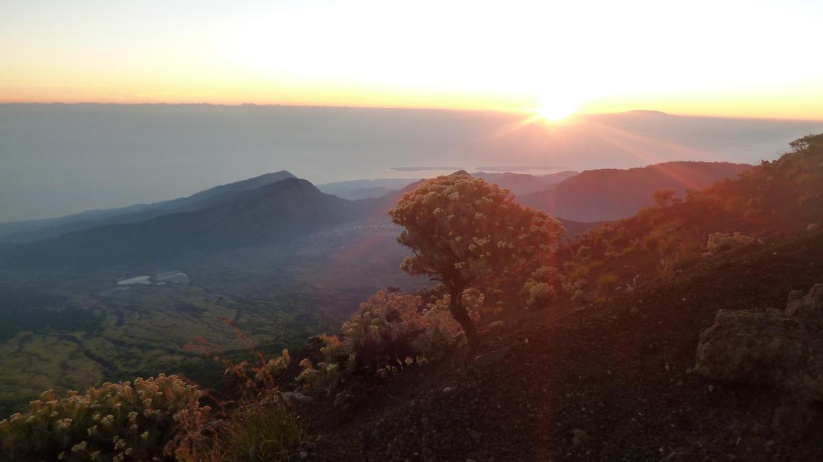 Mt. Rinjani by Arabiian