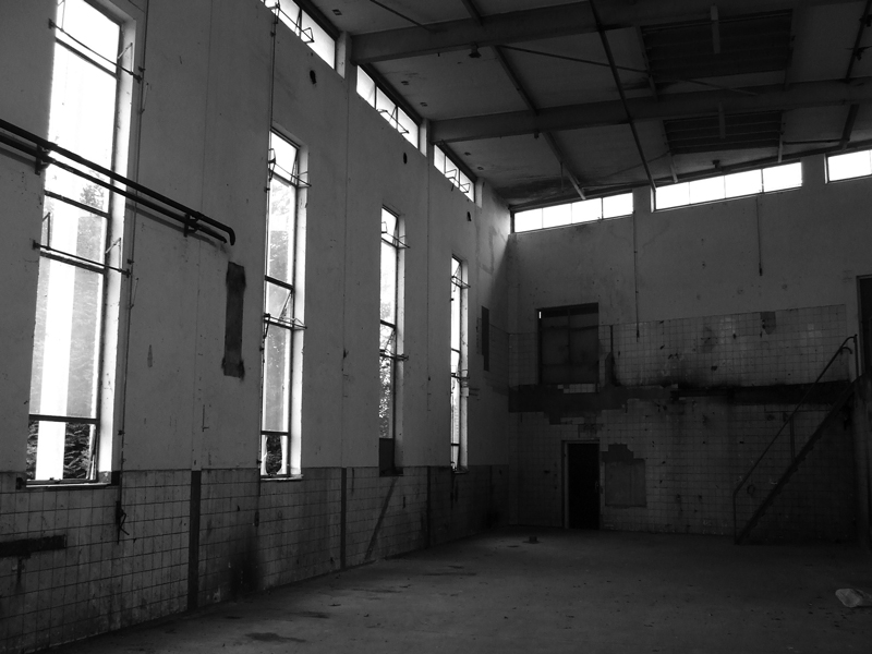 Factory hall by thierry-eamon