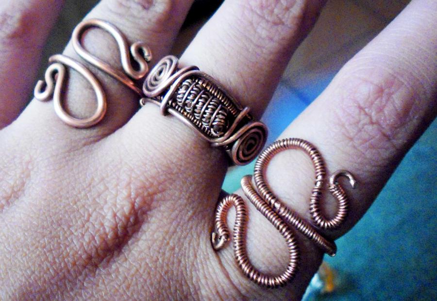 copper rings by slinkyskinked