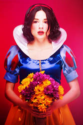 Snow White by VMari