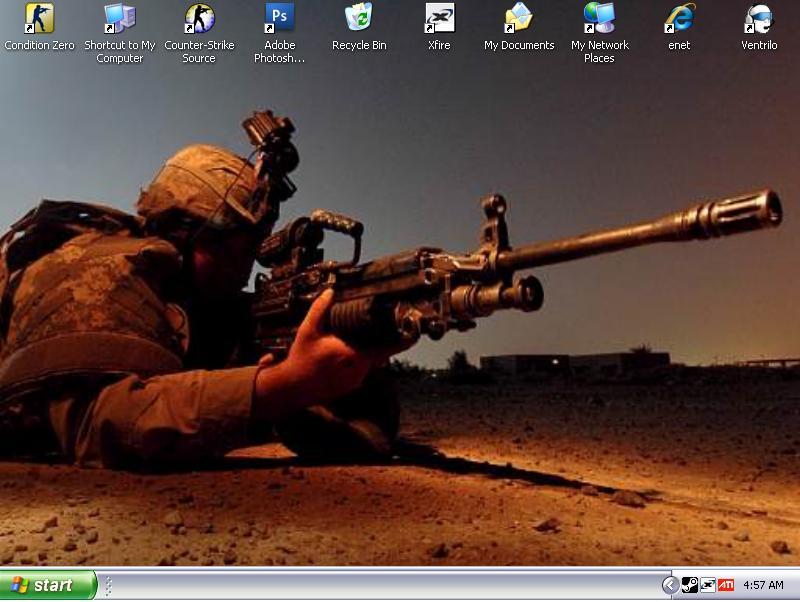 Desktop by Chrippy