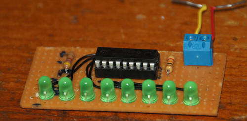 LED Chaser with PIC16F84A