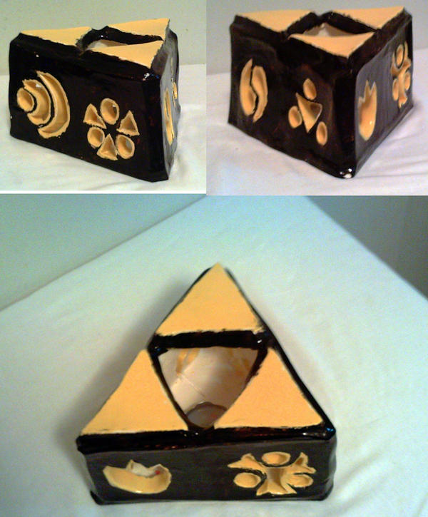 Holy Triforce - Clay Sculpture