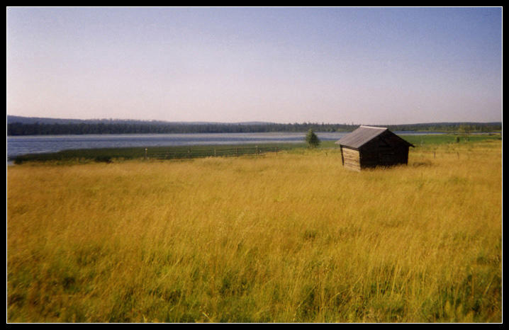 The little house in the meadow by xsam on deviantart - The mobile home in the meadow ...