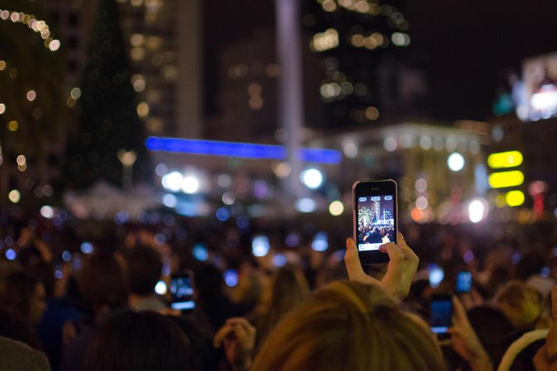 Life Through a Phone by BuuckPhotography