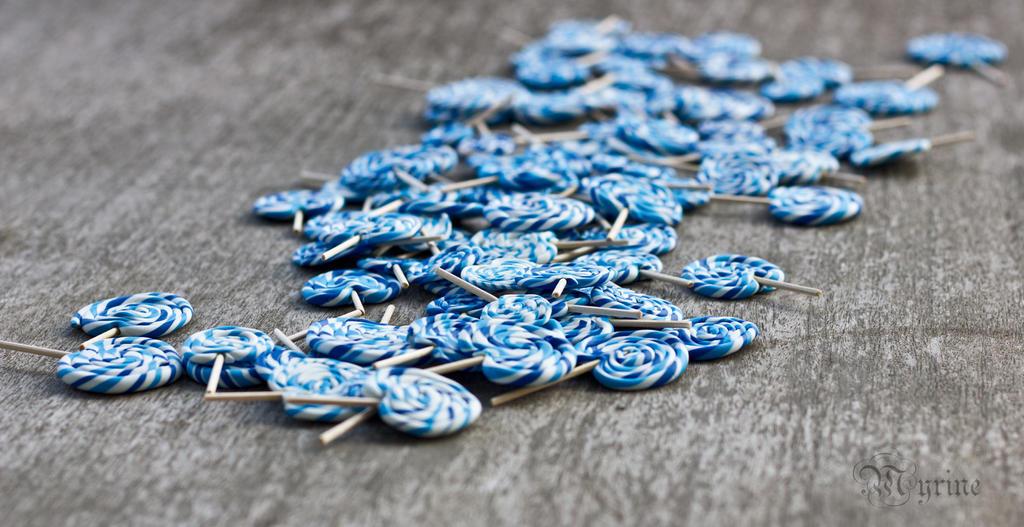 Blue-Lollipops #Photofriday by Myrine86
