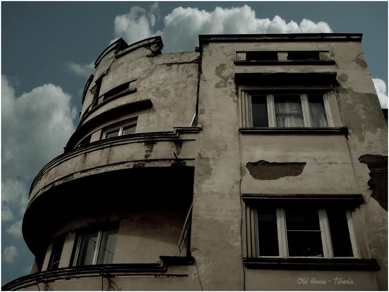 Teodor-Stanciu Tiberiu Old_house_by_Pandemoneus