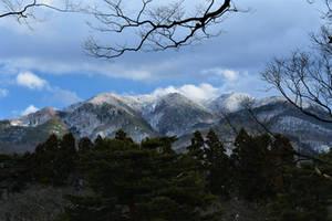 Winter mountain from Tsurugajou by Furuhashi335