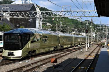 E001 series Train Suite Shiki-shima in Kofu