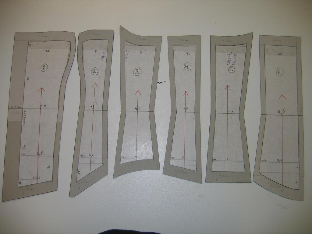 Corset pattern by raikko on deviantart corset pattern by raikko jeuxipadfo Gallery