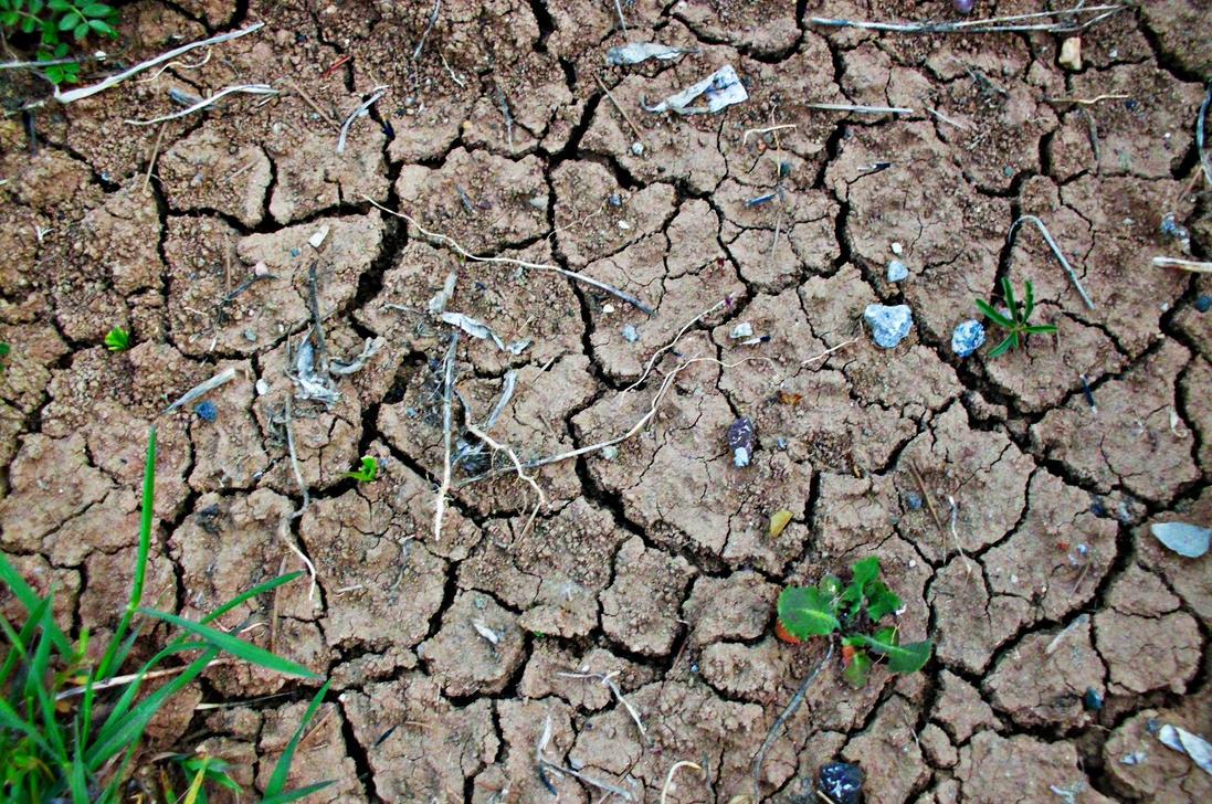 dry soil by ANDMAiYESi1986