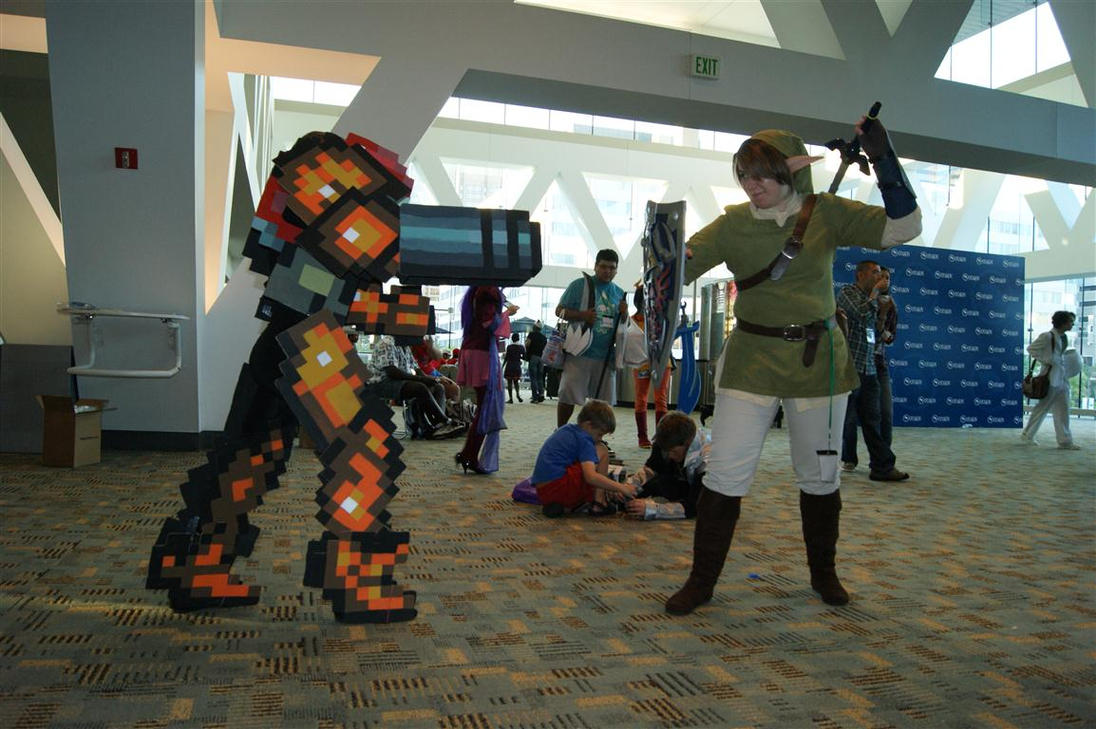 Samus Cosplay Vs. Link by ChozoBoy