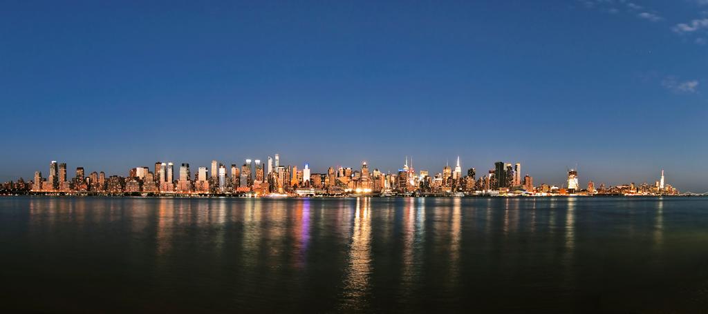 NYC Skyline by maxre