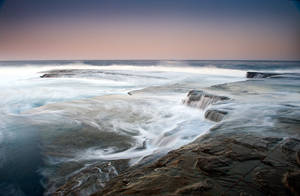 Terrigal Waves by brentbat