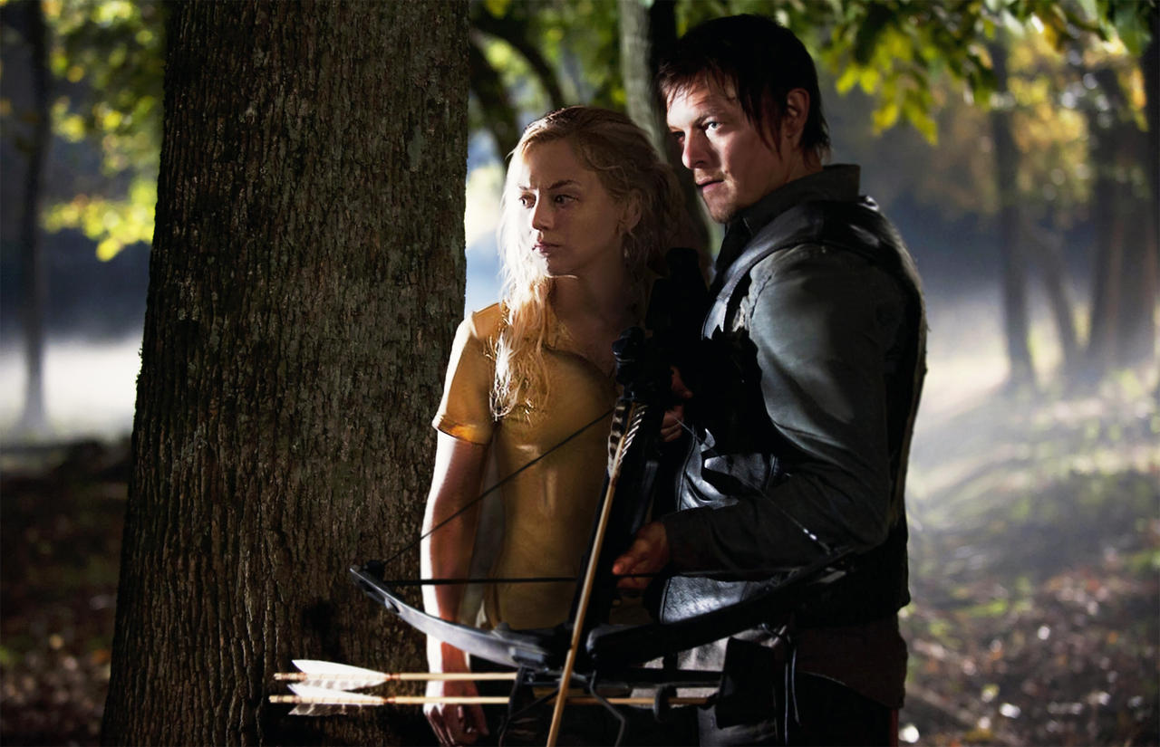 daryl and beth dating walking dead Still (the walking dead still the walking dead episode: beth greene attempts to find her first real drink after some time, a more sober daryl tells beth about the difficult times between himself and merle as children beth gives him confidence that he will survive, and that he needs to put his past behind him or it will kill him together.