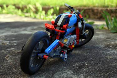 LEGO 42036.2 Rear