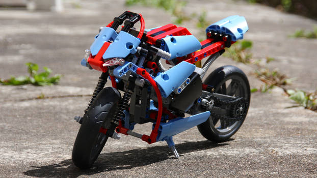 LEGO 42036.1 Front