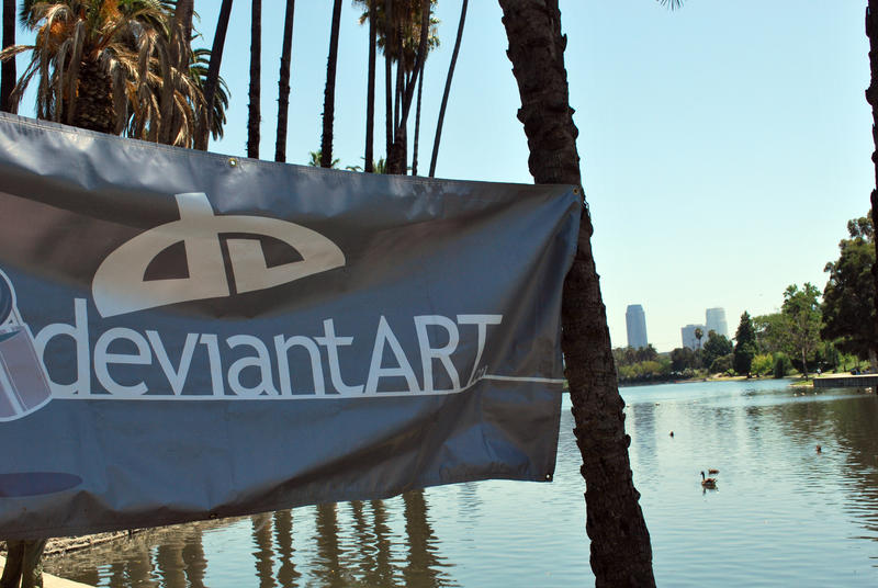deviantART at Echo Park by lenavvargo